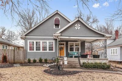 Kansas City Single Family Home For Sale: 6131 Cherry Street