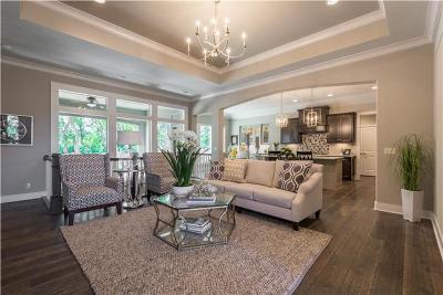 Olathe Single Family Home For Sale: 11493 S Redbud Lane