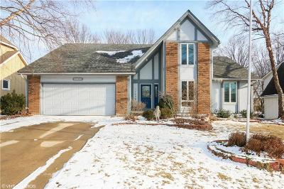 Overland Park Single Family Home For Sale: 11439 W 105th Terrace