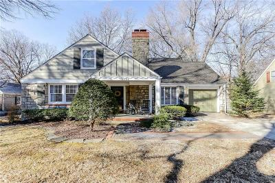 Leawood KS Single Family Home Show For Backups: $375,000