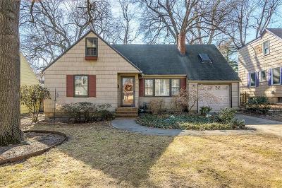 Kansas City Single Family Home For Sale: 605 E 69th Terrace