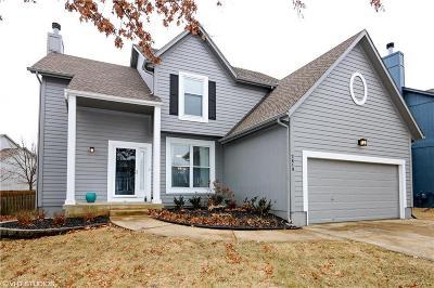 Olathe Single Family Home For Sale: 2619 W Centre Street