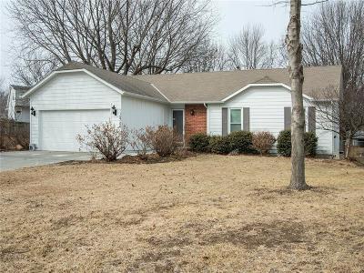 Olathe Single Family Home For Sale: 15706 W 126th Street