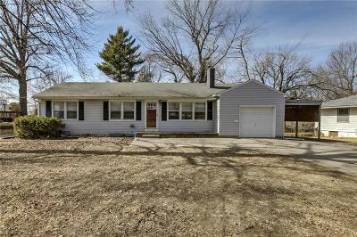 Kansas City Single Family Home For Sale: 4516 Crisp Avenue