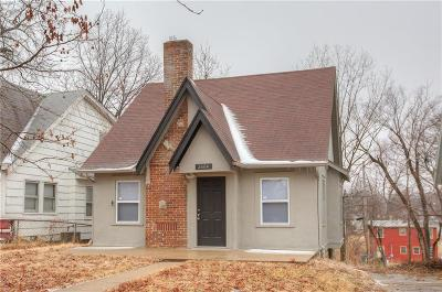 Kansas City Single Family Home For Sale: 2604 Lawndale Avenue