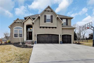 Olathe Single Family Home For Sale: 11682 S Carbondale Street