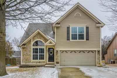 Overland Park Single Family Home For Sale: 8203 W 149th Terrace