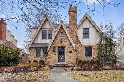 Kansas City Single Family Home For Sale: 1244 W 72nd Street