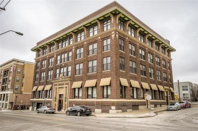 Kansas City Condo/Townhouse For Sale: 523 Grand Boulevard #4-D