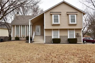 Olathe Single Family Home For Sale: 14621 S Brougham Drive