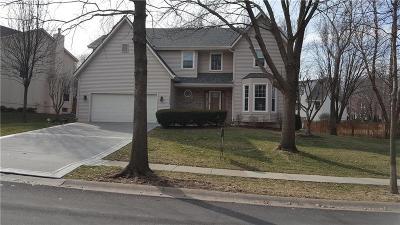 Olathe Single Family Home For Sale: 13616 Sycamore Street