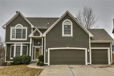Olathe Single Family Home For Sale: 15215 W 153rd Terrace