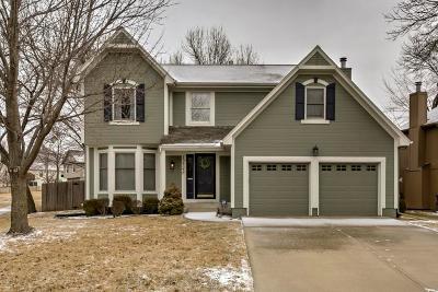 Olathe Single Family Home For Sale: 12548 S Alcan Circle