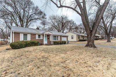 Prairie Village Single Family Home Show For Backups: 7336 Birch Street