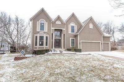 Overland Park Single Family Home For Sale: 13142 Goddard Avenue