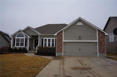 Lee's Summit Single Family Home For Sale: 1512 Dalton Drive