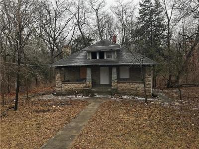 Single Family Home For Sale: 6107 NE Vivion Road