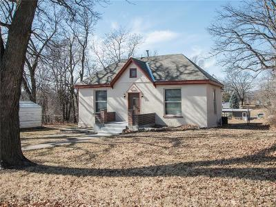 Atchison Single Family Home Show For Backups: 1209 S 2nd Street