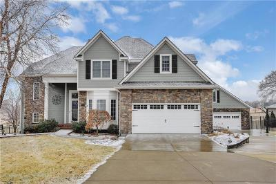 Shawnee Single Family Home For Sale: 25625 W 69th Terrace