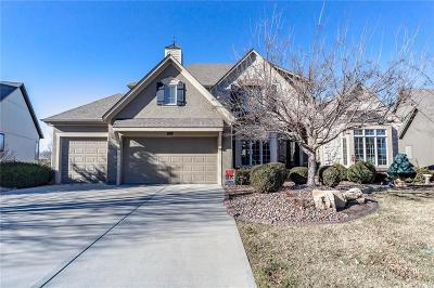 Overland Park Single Family Home For Sale: 9300 W 156th Place