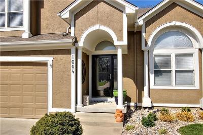 Grain Valley Single Family Home For Sale: 1004 NW Cedar Lane