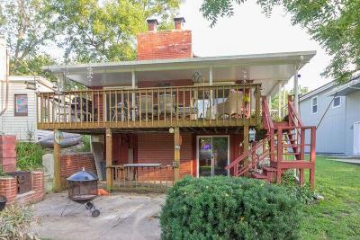 Jackson County Single Family Home For Sale: 75 T Street