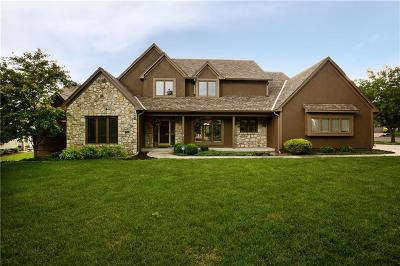 Overland Park Single Family Home For Sale: 12702 Beverly Street