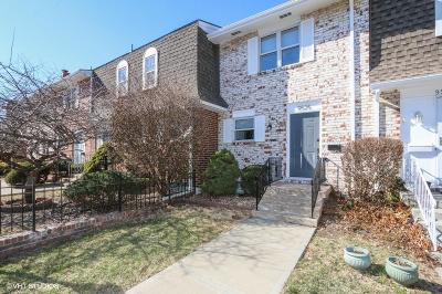 Overland Park Condo/Townhouse Show For Backups: 9525 Perry Lane