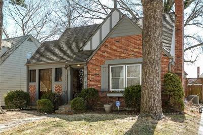Kansas City Single Family Home For Sale: 721 E 70th Terrace
