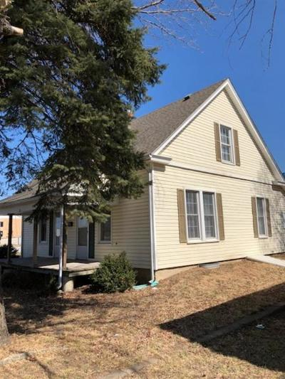 Ray County Single Family Home For Sale: 201 South Whitmer Street