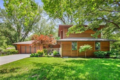 Leawood Single Family Home For Sale: 2915 W 93rd Terrace