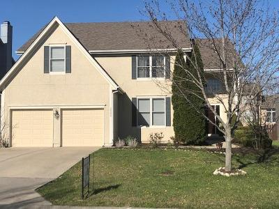 Olathe Single Family Home For Sale: 16280 S Chester Street