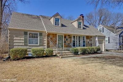 Prairie Village Single Family Home For Sale: 7334 Rosewood Street