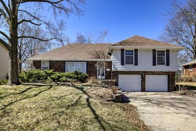 Gladstone MO Single Family Home Show For Backups: $175,000