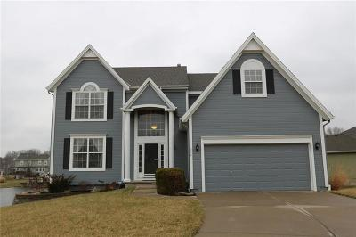 Raymore Single Family Home For Sale: 208 Alder Drive