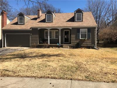 Kansas City Single Family Home For Sale: 6855 Cherry Street