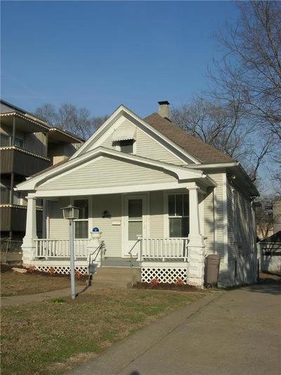 Kansas City Single Family Home For Sale: 4913 Walnut Street