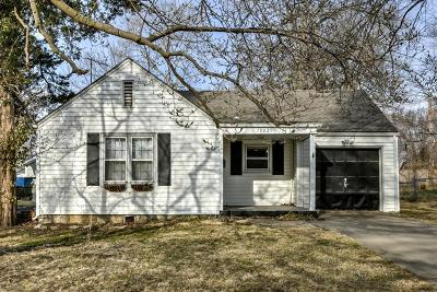 Kansas City Single Family Home For Sale: 7902 Madison Avenue