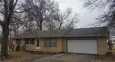 Kansas City KS Single Family Home For Sale: $89,000