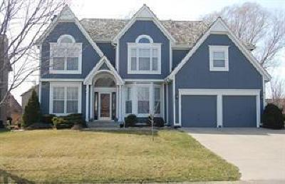 Overland Park Single Family Home For Sale: 13102 Hemlock Street