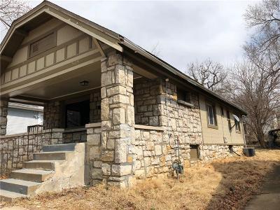 Kansas City Single Family Home For Sale: 5125 Woodland Avenue