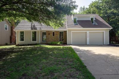 Jackson County, Johnson-KS County Single Family Home For Sale: 1322 S Winterbrooke Drive