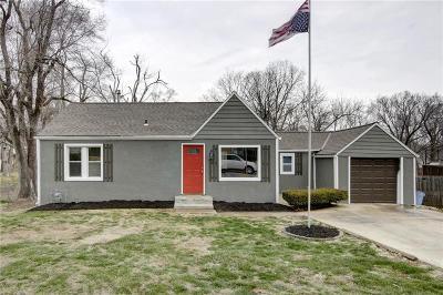 Shawnee KS Single Family Home For Sale: $164,950
