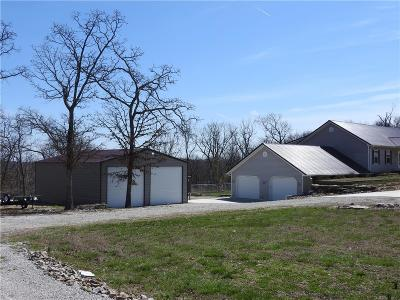 Benton County Single Family Home For Sale: 32472 Berry Bend Road