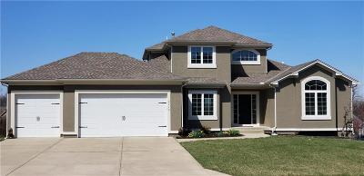 Lee's Summit Single Family Home For Sale: 2710 SW Monarch Court