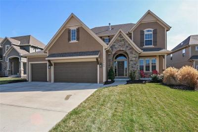 Olathe Single Family Home For Sale: 10860 S Millbrook Lane