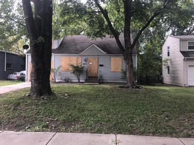Kansas City Single Family Home For Sale: 933 E 77th Terrace