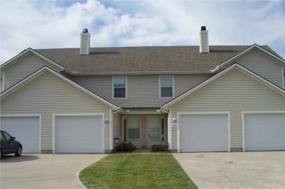 Oak Grove Multi Family Home For Sale: 401 NE 1st Street