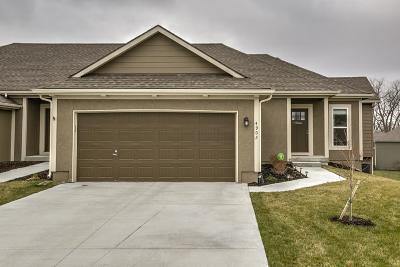 Basehor Condo/Townhouse For Sale: 4902 141st Lane