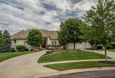 Overland Park Single Family Home For Sale: 5501 Golden Bear Drive